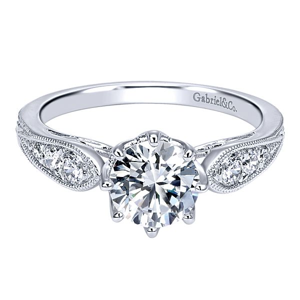 7 Steps to Care for Your Engagement Ring